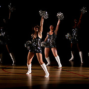 NLD/Almere/20091112 - USA Legends - Dutch legends met oa Dennis Rodman, cheerleaders