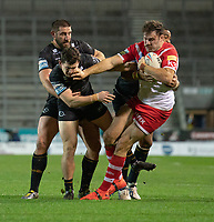 Rugby League - 2020 Betfair Super League - Semi-final - St Helens vs Catalan Dragons - TW Stadium<br /> <br /> St. Helens's Alex Walmsley is tackled <br /> <br /> COLORSPORT/TERRY DONNELLY