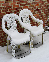 Lonely Backyard Chairs in the Snow. Image taken with a Nikon Df camera and 58 mm f/1.4G lens (ISO 100, 58 mm, f/5.6, 1/80 sec).