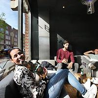 Nederland, Amsterdam , 9 april 2014.<br /> Hotel Not hotel aan de Witte Dewithstraat.<br /> In het hotel aan de Witte de Withstraat in West zal het oude tramstel niet alleen voor de sier staan. Het nog te openen Hotel Not Hotel biedt namelijk overnachtingen aan in bijzondere voorwerpen zoals deze tram, maar ook bijvoorbeeld een raket.<br /> Op de foto: het lounge gedeelte bij de bar aan de voorzijde (Witte de Withstraatkant) van Hotel Not hotel.<br /> <br /> Foto:Jean-Pierre Jans