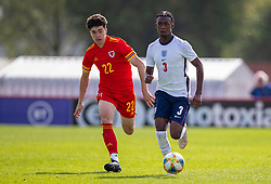 NEWPORT, WALES - Friday, September 3, 2021: England's Zak Sturage (R) and Wales' Morgan Wigley during an International Friendly Challenge match between Wales Under-18's and England Under-18's at Spytty Park. (Pic by David Rawcliffe/Propaganda)
