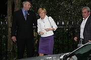 ANN ROBINSON, Sir David and Lady Carina Frost annual summer party, Carlyle Sq. London. 5 July 2007  -DO NOT ARCHIVE-© Copyright Photograph by Dafydd Jones. 248 Clapham Rd. London SW9 0PZ. Tel 0207 820 0771. www.dafjones.com.