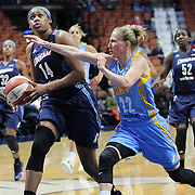 UNCASVILLE, CONNECTICUT- MAY 05:  Rachel Hollivay #14 of the Atlanta Dream drives to the basket defended by Courtney Vandersloot #22 of the Chicago Sky during the Atlanta Dream Vs Chicago Sky preseason WNBA game at Mohegan Sun Arena on May 05, 2016 in Uncasville. (Photo by Tim Clayton/Corbis via Getty Images)