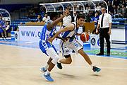 DESCRIZIONE : Capo dOrlando Lega A BEKO 2015-16 Betaland Orlandina Basket Banco di Sardegna Sassari  <br /> GIOCATORE :  Zoltan Perl<br /> CATEGORIA :  Palleggio Penetrazione<br /> SQUADRA : Betaland Upea Capo dOrlando <br /> EVENTO : Campionato Lega A BEKO 2015-2016 <br /> GARA : Betaland Orlandina Basket Banco di Sardegna Sassari<br /> DATA : 30/11/2015<br /> SPORT : Pallacanestro <br /> AUTORE : Agenzia Ciamillo-Castoria/G. Pappalardo <br /> Galleria : Lega Basket A BEKO 2015-2016 <br /> Fotonotizia : Capo dOrlando Lega A BEKO 2015-16 Betaland Orlandina Basket Banco di Sardegna Sassari