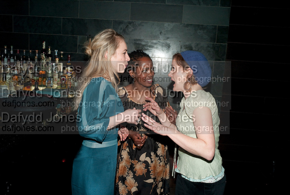 SARAH GOLDBERG; LORNA BROWN; SOPHIE THOMPSON, Clybourne Park Press night. Opened at Wyndham's Theatre. Party afterwards at Mint Leaf, Haymarket, London. 8 February 2011.  -DO NOT ARCHIVE-© Copyright Photograph by Dafydd Jones. 248 Clapham Rd. London SW9 0PZ. Tel 0207 820 0771. www.dafjones.com.