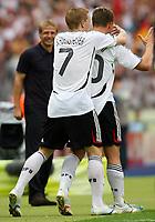 0:3 Jubel Bundestrainer Juergen Klinsmann, 0:3 Jubel Bastian Schweinsteiger, Torschuetze Lukas Podolski<br /> Fussball WM 2006 Ecuador - Deutschland<br /> Ecuador - Tyskland<br /> Norway only