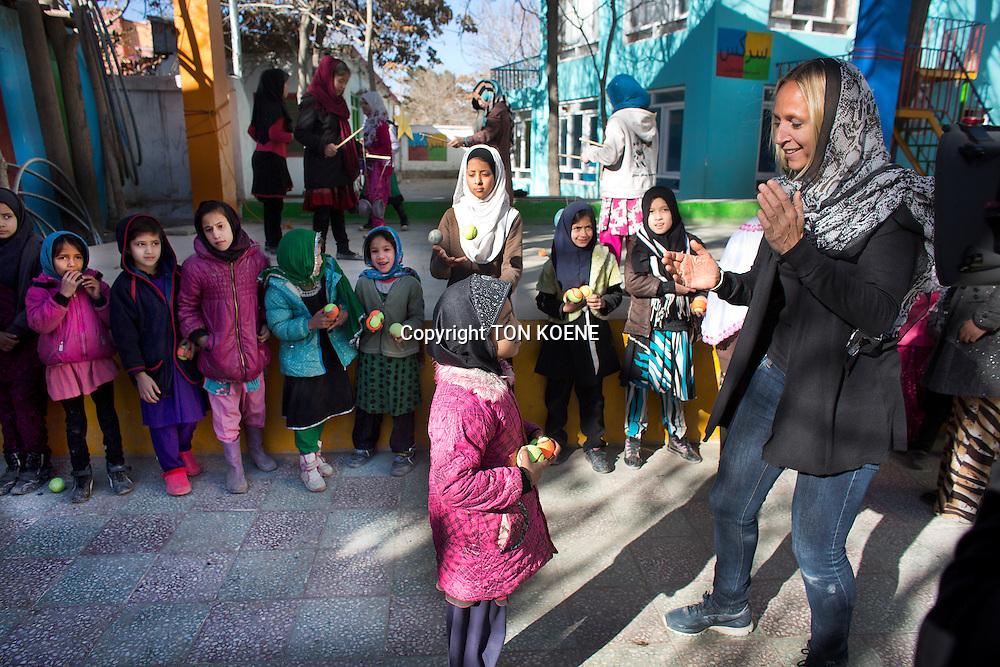floortje dessing in Kabul, Afghanistan. Copyright: TON KOENE