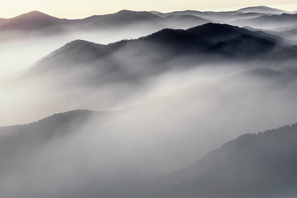 Morning light, view from Mount LaConte, Great Smoky Mountains National Park, Tennessee, USA