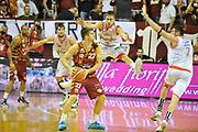 DESCRIZIONE : Venezia Lega A 2015-16 Umana Reyer Venezia - grissini Bon Reggio Emilia<br /> GIOCATORE : Jeff Viggiano<br /> CATEGORIA : Passaggio<br /> SQUADRA : Umana Reyer Venezia<br /> EVENTO : Campionato Lega A 2015-2016 <br /> GARA : Umana Reyer Venezia - Grissin Bon Reggio Emilia<br /> DATA : 15/11/2015<br /> SPORT : Pallacanestro <br /> AUTORE : Agenzia Ciamillo-Castoria/M.Gregolin<br /> Galleria : Lega Basket A 2015-2016  <br /> Fotonotizia :  Venezia Lega A 2015-16 Umana Reyer Venezia - Grissin Bon Reggio Emilia