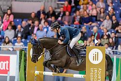 MUFF Werner (SUI), Jolie v. Molenhof<br /> Genf - CHI Geneve Rolex Grand Slam 2019<br /> Prix des Vins de Genève<br /> Internationales Springen Fehler/Zeit<br /> International Jumping Competition 1m45<br /> Table A: Against the Clock<br /> 12. Dezember 2019<br /> © www.sportfotos-lafrentz.de/Stefan Lafrentz