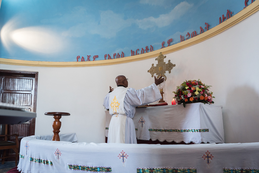 3 February 2019, Addis Ababa, Ethiopia: Rev. Tesfai Worku leads the service, as more than 400 congregants, including a range of ecumenical guests, gather for worship at the Addis Ababa Evangelical Church Mekane Yesus, a congregation in the Ethiopian Evangelical Church Mekane Yesus. The congregation goes back to the very roots of the Lutheran presence in Ethiopia, and currently serves some 2,000 congregants, in a church of 9.3 million members spread across 9,000+ congregations around Ethiopia.