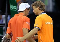 12-09-2014 NED: Davis Cup Nederland - Kroatie, Amsterdam<br /> Igor Sijsling verliest de eerste partij met 3-1 en Jan Siemerink