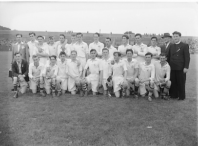 Cork Senior Football Team. All Ireland Football Semi Final Cavan v Cork..Winners - Cavan..S. Morris, J. McCabe, P. Brady, D. Maguire, P. Carolan, L. Maguire, B. O'Reilly, V. Sherlock, T. Hardy, S. Hetherton, M. Higgins (Captain), E. Carolan, J. J. Cassidy, A. Tighe, J. Cusack. Note: P. Fitzsimons played in drawn game. J. Cusack came on for replay. P. Fitzsimmons was introduced as Sub for J. J. Cassidy in replay..17.08.1952, 08.17.1952, 17th August 1952