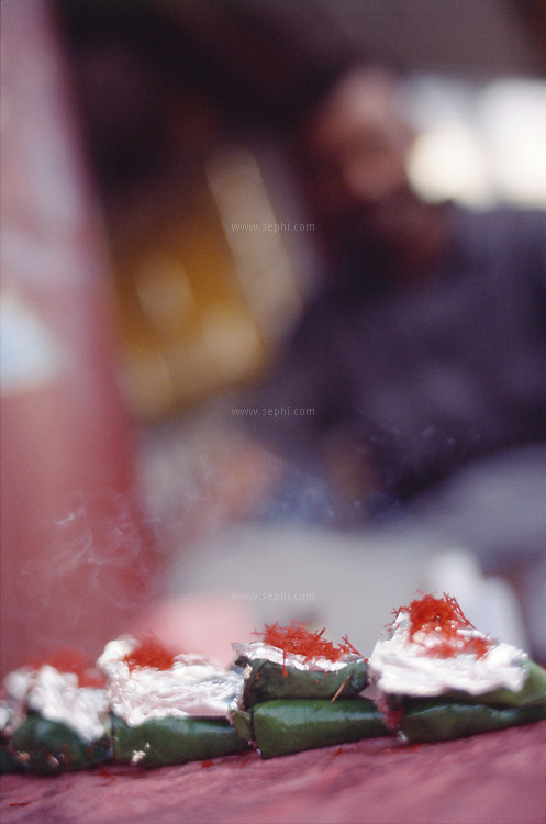 Sweet Paan at a road side stall in south delhi, March 2005