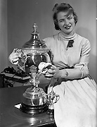 09/04/1959<br /> 04/09/1959<br /> 09 April 1959<br /> Esso staff at Esso Petroleum Company (Ireland) Ltd. offices,  Upper O'Connell Street, Dublin, with the new Drama Cup to be presented to the Amateur Drama Council later that day in the Gresham Hotel.