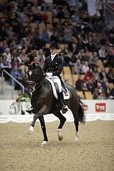 Gal Edward (NED) - Sisther de Jeu<br /> JBK Horse Show 2009<br /> © DigiShots