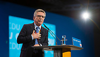 DEU, Deutschland, Germany, Berlin,26.02.2018: Bundesinnenminister Dr. Thomas de Maiziere (CDU) bei seiner Rede auf dem Parteitag der CDU in der Station. Die Delegierten stimmten mit großer Mehrheit für die Neuauflage der Großen Koalition (GroKo).