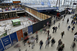 August 7, 2017 - London, UK - London, UK. As well as closure of commuter platforms, the old Eurostar platforms are undergoing modifications.  Rail passengers face disruption at Waterloo station where nearly half the platforms have been closed until August 28 for a station upgrade. (Credit Image: © Stephen Chung/London News Pictures via ZUMA Wire)