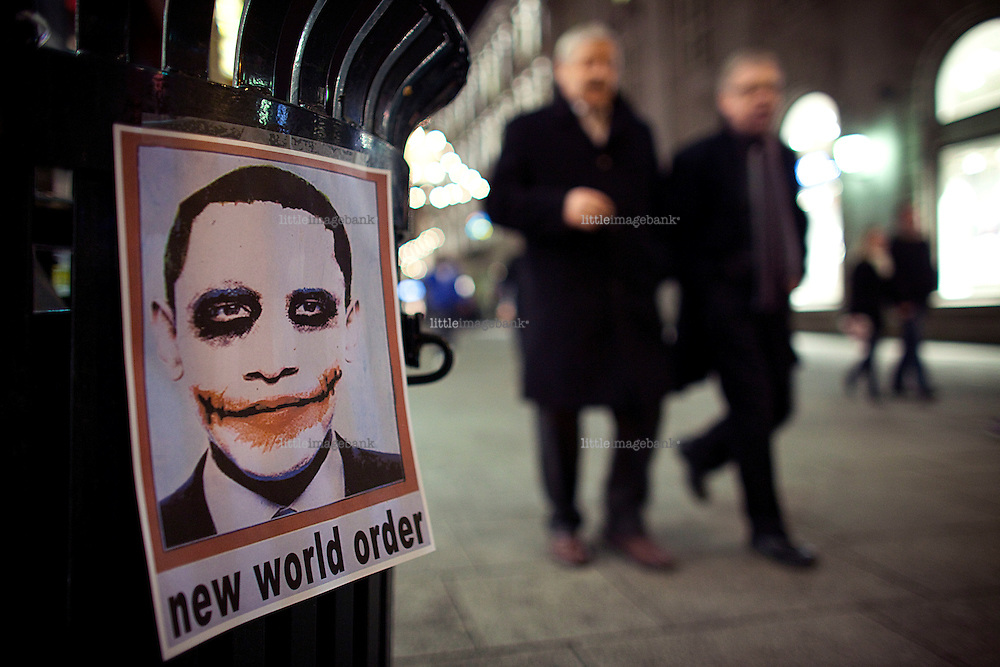 A poster in Karl Johans gate in Oslo as Barack H. Obama recieves the Nobel Peace Prize in Oslo. Photo: Christopher Olssøn. 10.12.09.
