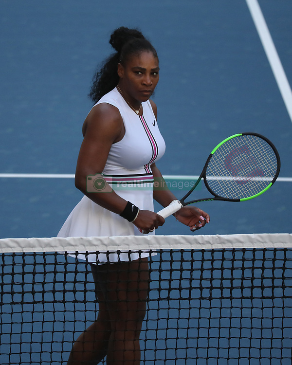 March 22, 2019 - Miami Gardens, Florida, United States Of America - MIAMI GARDENS, FLORIDA - MARCH 22:  Serena Williams on Day 5 of the Miami Open Presented by Itau at Hard Rock Stadium on March 22, 2019 in Miami Gardens, Florida..People: Serena Williams. (Credit Image: © SMG via ZUMA Wire)