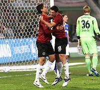 BILDET INNGÅR IKKE I FASTAVTALENE MEN MÅ KJØPES SEPARAT<br /> <br /> Fotball<br /> Tyskland<br /> Foto: imago/Digitalsport<br /> NORWAY ONLY<br /> <br /> 06.11.2011<br /> Mohammed Abdellaoue, Lars Stindl <br /> Emotion nach Tor zum 2:1 06.11.2011<br /> Hannover 96 - FC Schalke 04