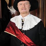 NLD/Amsterdam/20120209 - Bn' ers gefotografeerd als de Nachtwacht voor het Goed Geld Gala 2012, Boris Dittrich