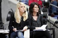 Håndball , 14. desember 2010 , EM dammer , <br /> Norge - Ukraina<br /> <br /> Handball , Euro 2010 <br /> Norway - Ukraine<br /> <br /> Kjersti Grini , eksepert kommentator , tv2 og  Randi Gustad TV2 , ekspertkommentator