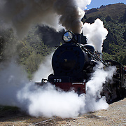 The Kingston Flyer vintage steam train, back in action and operating again after a three year break. The historic locomotives  and carriages run daily for tourist between Kingston and Fairlight near Queenstown, Central Otago, New Zealand, 27th October 2011. Photo Tim Clayton...
