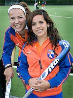 Bloemendaal - Bloeme van Kessel met Maria Verga. Dames I seizoen 2006-2007 . COPYRIGHT KOEN SUYK