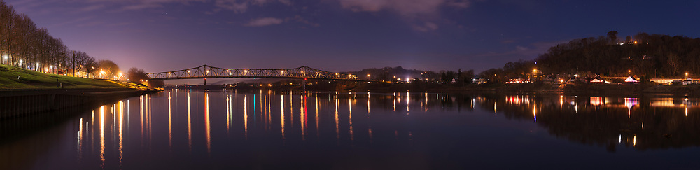 Dusk over the Ohio River from Harris Riverfront Park. Huntington, Cabell County, West Virginia.