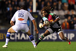 Marland Yarde of Harlequins goes on the attack - Photo mandatory by-line: Patrick Khachfe/JMP - Mobile: 07966 386802 17/10/2014 - SPORT - RUGBY UNION - London - Twickenham Stoop - Harlequins v Castres Olympique - European Rugby Champions Cup
