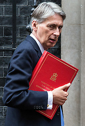 © Licensed to London News Pictures. 15/09/2015. London, UK. The Foreign Secretary Philip Hammond, arriving at Number 10 Downing Street.  Photo credit : James Gourley/LNP