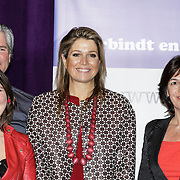NLD/Utrecht/20150204 - Koningin Maxima bezoekt het Social Pouwerhouse Symposium 'Serious Social Value , Koningin Maxima met deelnemende dames