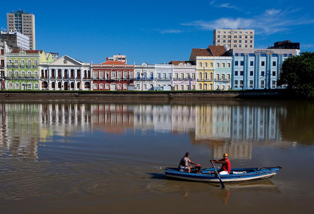 Recife_PE, Brasil..Praca do Marco Zero em Recife, Pernambuco..Marco Zero square in Recife, Pernambuco..Foto: JOAO MARCOS ROSA / NITRO
