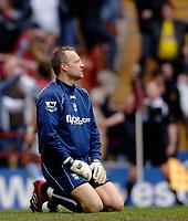 Photo: Glyn Thomas.<br />Aston Villa v Birmingham City. The Barclays Premiership. 16/04/2006.<br /> Birmingham's keeper Maik Taylor looks dejected.