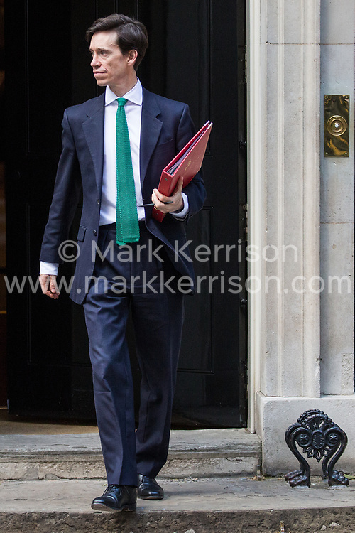 London, UK. 21 May, 2019. Rory Stewart, International Development Secretary, leaves 10 Downing Street following a mid-afternoon meeting. He left at around the same time as Foreign Secretary Jeremy Hunt, Home Secretary Sajid Javid, International Trade Secretary Liam Fox, Defence Secretary Penny Mordaunt, Attorney General Geoffrey Cox and Chief Whip Julian Smith and just before Prime Minister Theresa May left to make a statement on her Brexit Withdrawal Agreement Bill following Cabinet approval earlier in the day.