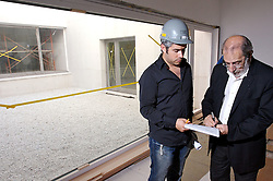 """Arquiteto português Álvaro Siza """"vistoria"""" obras do novo prédio da Fundação Iberê Camargo, de sua autoria, em"""