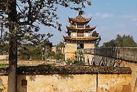 Chine, Yunnan, environs de Jianshui, le pont du double dragon. // China, Yunnan, double dragon bridge around Jianshui.