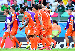 29.06.2014, Castelao, Fortaleza, BRA, FIFA WM, Niederlande vs Mexico, Achtelfinale, im Bild Jubel bei den Teamspielern der Niederlande // during last sixteen match between Netherlands and Mexico of the FIFA Worldcup Brazil 2014 at the Castelao in Fortaleza, Brazil on 2014/06/29. EXPA Pictures © 2014, PhotoCredit: EXPA/ fotogloria/ Best Photo Agency<br /> <br /> *****ATTENTION - for AUT, FRA, POL, SLO, CRO, SRB, BIH, MAZ only*****