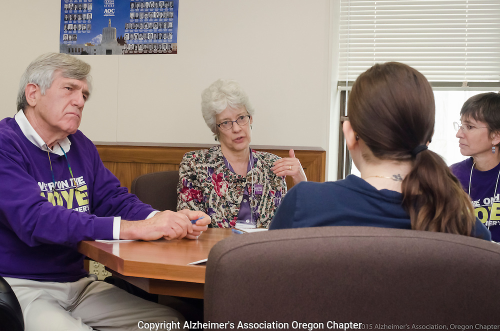 Alzheimer's volunteers lobby members of the Oregon legislature
