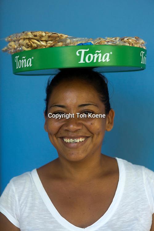 sales women in nicaragua