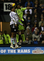 Photo: Steve Bond/Sportsbeat Images.<br />Derby County v Chelsea. The FA Barclays Premiership. 24/11/2007. Giles Barnes (L) and Juliano Belletti (R) in the air