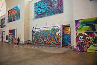 """DEU, Deutschland, Germany, Stuttgart, 14.09.2020: """"Secret Walls Gallery"""" im Bonatzbau, Hauptbahnhof Stuttgart. Bevor in dem fast 100 Jahre alten Bonatzbau ein Einkaufstempel mit Vier-Sterne-Hotel entsteht, erobern Stuttgarter Graffiti-Künstler diesen Raum noch einmal zurück."""