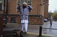 United Kingdom. Birmingham. The calling to prayers in front of the San Francis Hall Church at the University of Birmingham.  Birmingham  UnitedKingdom      /  Appel à la prière devant l'Eglise San Francis Hall à l'Université de Birmingham.  Birmingham  Grande Bretagne