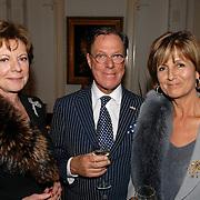 NLD/Amsterdam/20070304 - Modeshow Frans Molenaar voorjaar 2007, Neelie Kroes, Frans Molenaar en Sylvia Töth