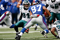 7 Dec 2008: Philadelphia Eagles defensive back Joselio Hanson #21 eyes up New York Giants wide receiver Domenik Hixon #87 during the game against the New York Giants on December 7th, 2008. The Eagles won 20-14 at Giants Stadium in East Rutherford, New Jersey. (Photo by Brian Garfinkel)
