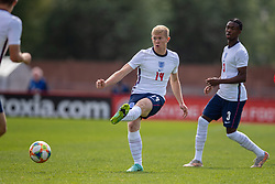 NEWPORT, WALES - Friday, September 3, 2021: England's Lewis Hall during an International Friendly Challenge match between Wales Under-18's and England Under-18's at Spytty Park. (Pic by David Rawcliffe/Propaganda)