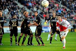 08-11-2009 VOETBAL: FC UTRECHT - HEERENVEEN: UTRECHT<br /> Utrecht verliest met 3-2 van Heerenveen / Michel Breuwer, Goran Popov en Ricky van Wolfswinkel<br /> ©2009-WWW.FOTOHOOGENDOORN.NL