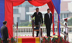 Malaysian prime minister Najib Razak (L) walks with Chinese Premier Wen Jiabao after inspects a guard of honour at the prime minister's office in Putrajaya outside Kuala Lumpur on April 28, 2011.Wen began a two-day visit to Malaysia to reaffirm relations and boost economic ties between the two countries.