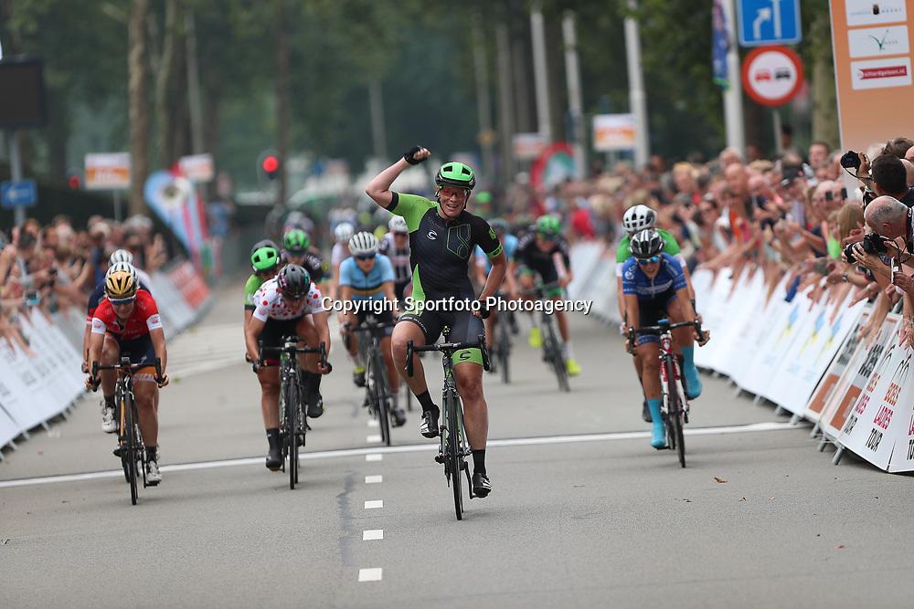 30-08-2017: Wielrennen: Boels Ladies Tour: Arnhem  <br />Kirsten Wild wint de massasprint in de eerste etappe van Eibergen naar  Arnhem